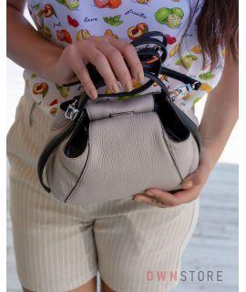 Купить онлайн миниатюрную серо-бежевую женскую сумочку - арт.068
