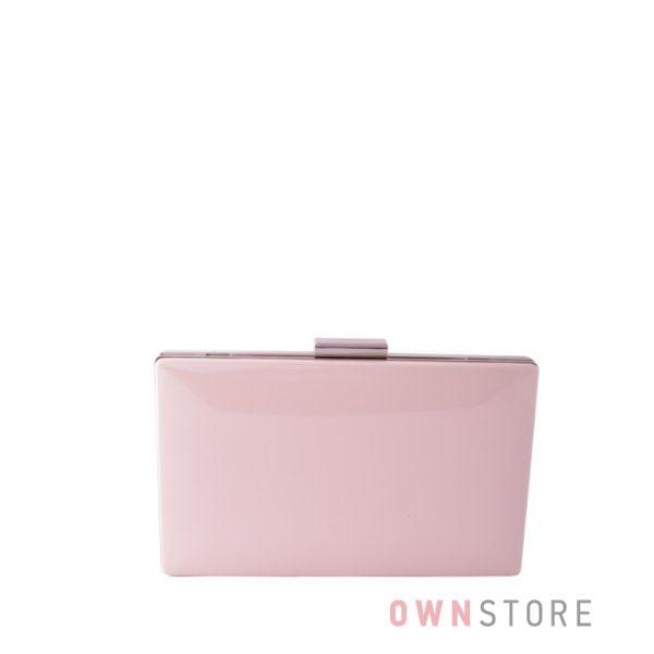 Купить онлайн клатч женский пудровый лаковый плоский с серебряной фурнитурой - арт.09837